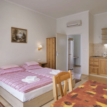 eletmodtabor-holisticacademy-martfu-spa-apartman-1