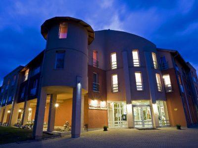 hotel-martfu-holistic-academy-eletmodtabor-2020-2